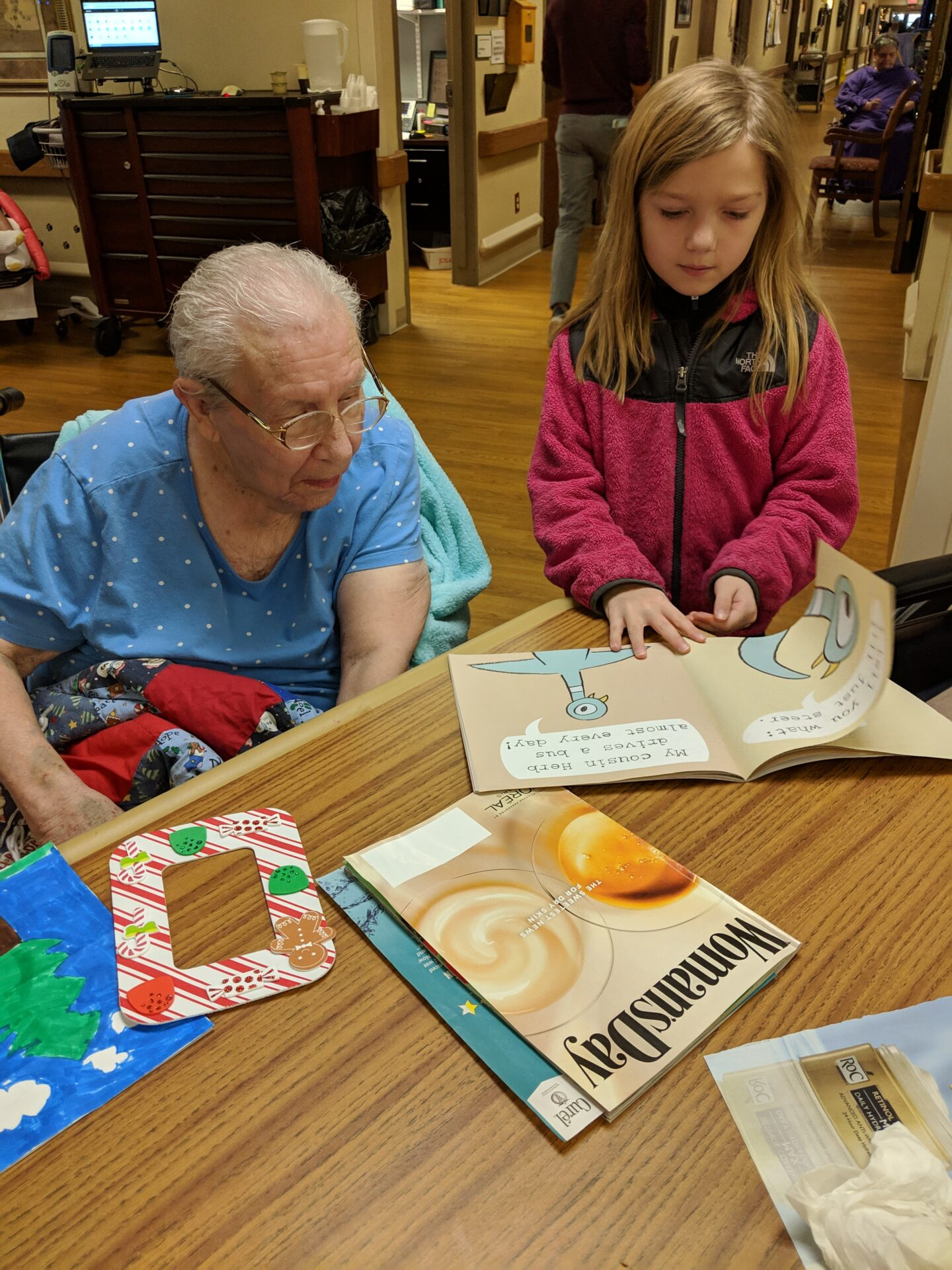2nd grade students pictured with residents
